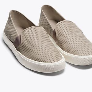 Vince perforated Blair sneakers oyster grey 9.5